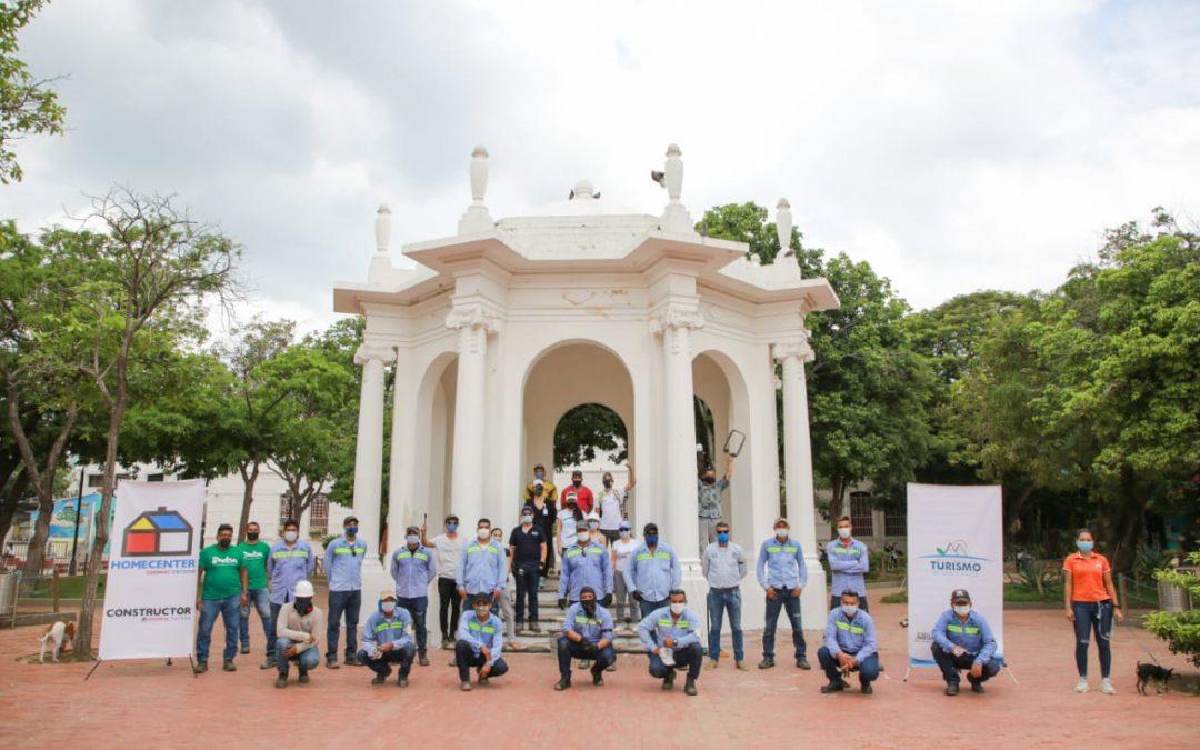 Alianza entre Distrito y empresarios en torno a la restauración del parque de Los Novios