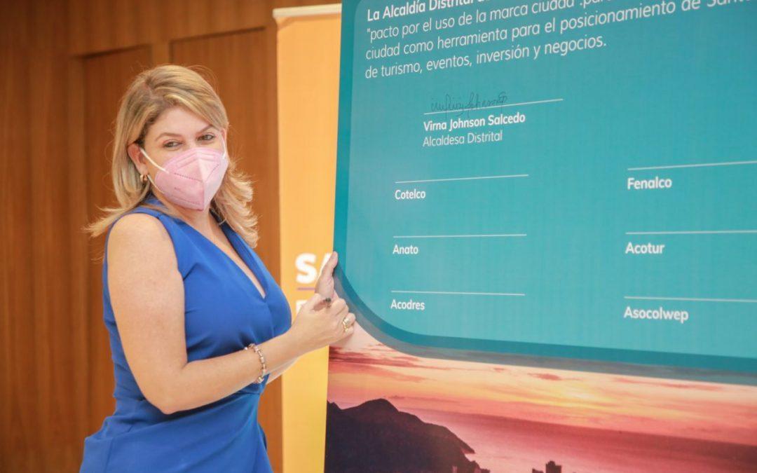 Alcaldesa Virna Johnson y gremios firmaron el pacto del uso de la marca ciudad Santa Marta 'Naturalmente Mágica'